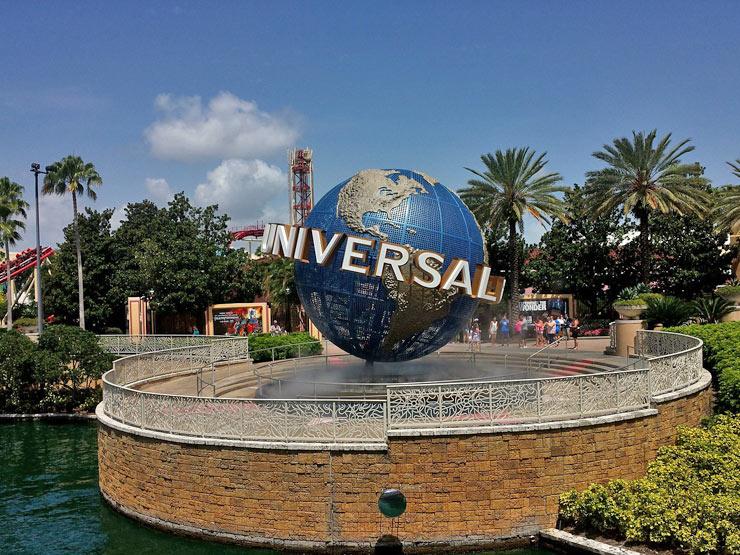 Universal Road Trip