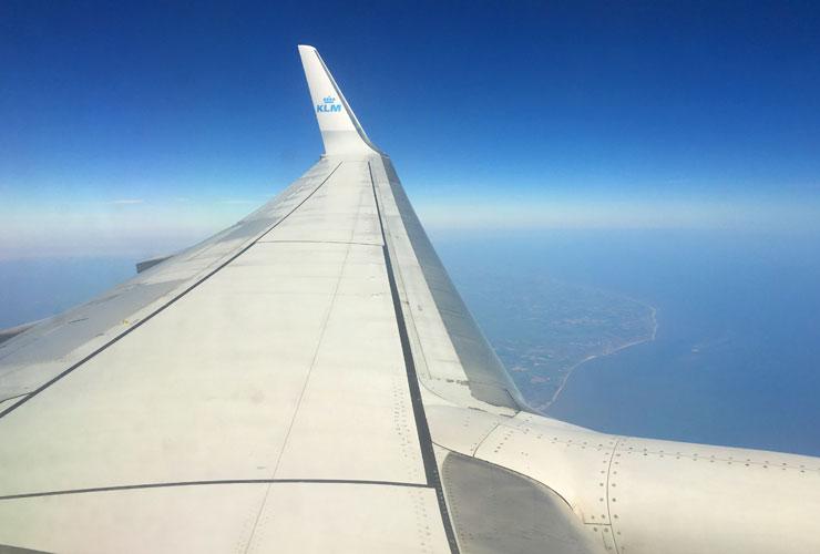 KLM 737